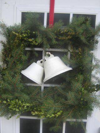 Christmas decorating 008